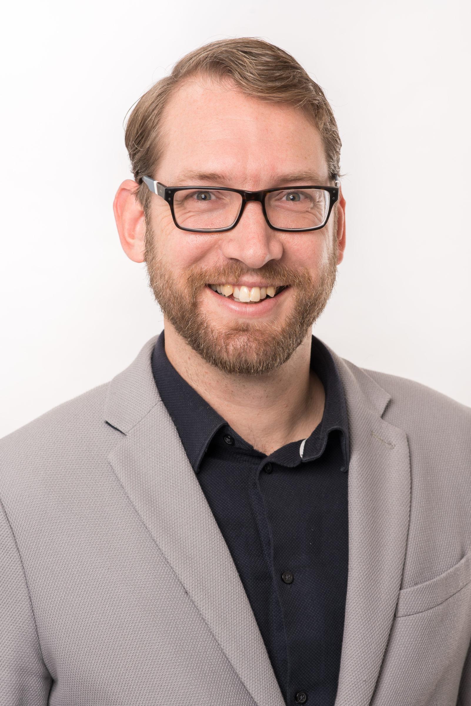 Portretfoto van medewerker Ron Visscher
