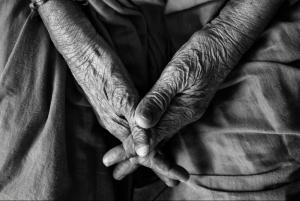 Mantelzorg: vergunningsvrij versus mantel der liefde