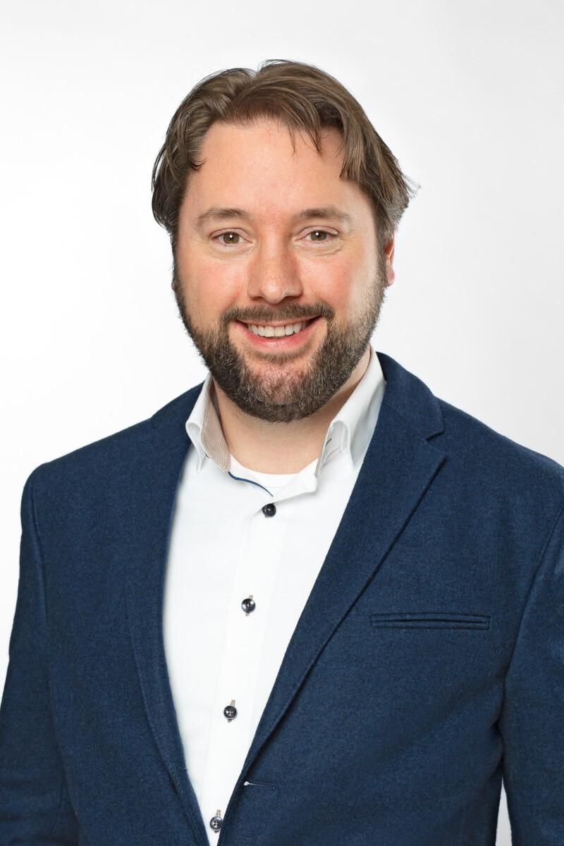 Portretfoto van medewerker Guido Duijvestijn