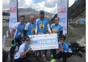 Team Hoogtemeesters haalt € 12.500,- op voor kankeronderzoek
