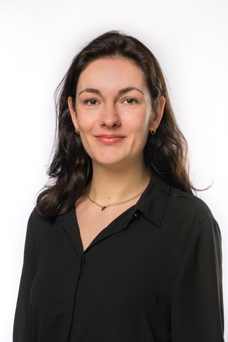 Portretfoto van onze medewerker Tess Otten